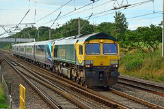 66504 5Z47 Euxton (British Rail 1980s and 1990s) Tags: train rail railroad railway loco locomotive lmr londonmidlandregion wcml mainline westcoastmainline livery liveried preston lancs lancashire traction diesel 66 class66 powerhaul freightliner drag locohauled lhcs ecs emptycarriagestock 5z47 first tpe transpennine transpennineexpress caf mark mk5a mk5 nova3 12801 tp01 66504