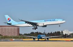 Korean Air, HL7553, Airbus A330-323X at NRT (tokyo70) Tags: japan travel tour koreanair a330