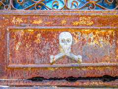 Argentina_28_12_2018_038 (Nekrasoff Oskar) Tags: argentina buenosaires recoleta building capital cemetery crypt dead deadman grave heaven monument sculpture statecapital street town tumba