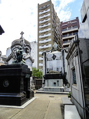 Argentina_28_12_2018_043 (Nekrasoff Oskar) Tags: argentina buenosaires recoleta building capital cemetery crypt dead deadman grave heaven monument sculpture statecapital street town tumba
