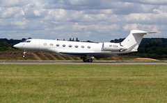 VP-CZA Gulfstream G650 - Luton Airport (benallsup) Tags: vpcza gulfstream g650 luton airport biz bizz bizjet jet eggw ltn