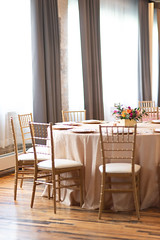 JenniferTogalPhotography_WeddingPro2019233 (FestivitiesMN) Tags: goldetched centerpiece theknotpro machineshop goldchiavari chiavari