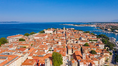 Luftbild vom historischen Zentrum von Zadar, Kroatien