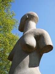 Jardin Compans Caffarelli, Toulouse (Niall Corbet) Tags: france toulouse jardincompanscaffarelli sculpture statue stone bust