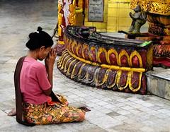 Sule Paya, Yangon (stano szenczi) Tags: myanmar barma sule paya pagoda temple yangon rangoon gold praying buddhism
