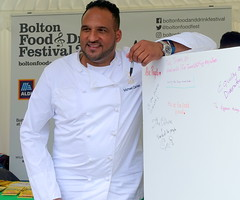 Chef Michael Caines at Bolton Food Festival 2019 (Tony Worrall) Tags: welovethenorth nw northwest north update place location uk england visit area attraction open stream tour country item greatbritain britain english british gb capture buy stock sell sale outside outdoors caught photo shoot shot picture captured ilobsterit instragram chef cooks foodies bolton gmr men candid publicity chefmichaelcaines sign wall signature