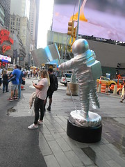 MTV Astronaut Award Guy Times Square NYC 8383 (Brechtbug) Tags: 2019 mtv awards silver styrofoam astronaut michelin man character guy hanging out times square new york city 08202019 nyc cable tv music television brand advertisement tire tires transportation balloon moon logo automotive flag advertising mascot cosmonaut spaceman space men helmet scifi science fiction moonman august summer