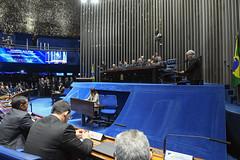 Plenário do Congresso (Senado Federal) Tags: plenário sessãosolene diadomaçombrasileiro comemoração reginaldogusmãodealbuquerque cassianoteixeirademoraes hamiltonmourão senadorizalcipsdbdf deputadogeneralgirãopslrn múciobonifácioguimarães ademirlúcioamorim armandoassumpção galeria paineleletrônico intérprete libras carpetedesenhado brasília df brasil