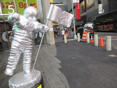 MTV Astronaut Award Guy Times Square NYC 8394 (Brechtbug) Tags: 2019 mtv awards silver styrofoam astronaut michelin man character guy hanging out times square new york city 08202019 nyc cable tv music television brand advertisement tire tires transportation balloon moon logo automotive flag advertising mascot cosmonaut spaceman space men helmet scifi science fiction moonman august summer