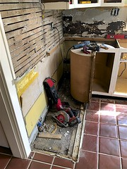 Backsplash Removal Didn't Go Well (oxfordblues84) Tags: house home kitchen kitchenrenovation kitchendemolition kitchensaver demolition lath plasterandlath kitchencabinets backsplashremoval kitchenrenovationphasetwo