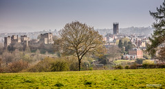 Ludlow and Castle from Whitecliff above the River Teme, Shropshire. (Scotland by NJC.) Tags: castle acropolis citadel donjon fort قَلْعَة castelo 城堡 dvorac hrad slot kasteel castillo linna château schloss κάστρο castello borg zamek budynek castel замок жилище slott valley vale gorge dale glen strath cwm coombe rift faultline وادٍ 山谷 dolina údolí dal vallei valle laakso vallée tal 谷間 계곡 pristine unspoiled untouched primeval immaculate perfect faultless spotless pure imaculado 崭新的 prístino parfait makellos immacolato ピカピカの 아주 깨끗한 ludlow shropshire england valleyoftheriverteme