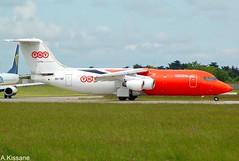 TNT BAE146 OO-TAF (Adrian.Kissane) Tags: airline aeroplane aircraft jet plane aviation ireland airport runway departing grass sky outdoors ootaf 762009 3186 bae146 cargo dublinairport dublin tnt