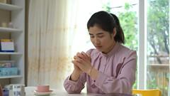 危難中誰是人的依靠(有聲讀物) (qiudawei980) Tags: 全能神 信仰 生活 見證 信神 依靠 神的聲音 禱告 跟隨 福音 得救 祝福 如何禱告 基督徒 相信 神的心意 信心 讚美 人生 拯救 順服 命運 真理 救贖 尋找 渴慕 腳蹤 生命