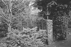 Gate (Matthew Paul Argall) Tags: smenasymbol 35mmfilm kentmerepan100 100isofilm blackandwhite blackandwhitefilm