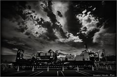 特2... (SHADOWY HEAVEN) Tags: 15081090a0060t patlabor 日本 ファインダー越しの私の世界 写真好きな人と繋がりたい 写真撮ってる人と繋がりたい 写真の奏でる私の世界 写真で伝えたい私の世界 coregraphy japan tokyocameraclub igers igersjp phosjapan picsjp 空 雲 モノクロ モノクローム モノクロ写真 白黒写真 bnwlife bnwdemand igersbnw noirshots monochrome mono monotone blackandwhite bw bnw blackwhite noiretblanc japaninbw blackwhitephotos bwartaward dark cloud clouds sky ingram