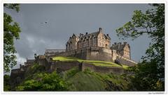 "And now let's sing : ""Flower of Scotland"" ! Good bye ... (C. OTTIE et J-Y KERMORVANT) Tags: paysage château edimbourg ecosse"