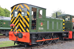 D2205 (ANDY'S UK TRANSPORT PAGE) Tags: trains rowsley peakrail
