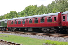 26025 (2) (ANDY'S UK TRANSPORT PAGE) Tags: trains rowsley peakrail coaches