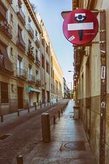 ... MADrid ... (Lanpernas .) Tags: madrid visionesdemadrid streetart street 2019 señal señales art intervención barriodelasartes siesta