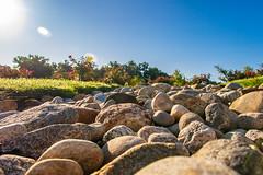 IMG_7665-2 (alfredo.rossitto) Tags: rock sky sun rocks glare sunglare skyline blue landscape