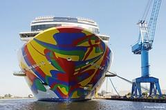 Norwegian Encore (wasserberg) Tags: norwegian encore papenburg cruiseship