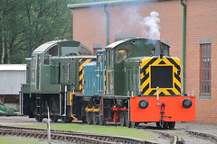 D2284 + PWM654 + D9525 (2) (ANDY'S UK TRANSPORT PAGE) Tags: trains rowsley peakrail class04 class14