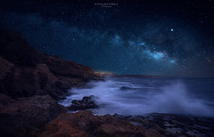 Cielo , Mar y Tierrra (Chusmaki) Tags: ngc noche vía láctea nocturnas estrellas