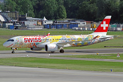 Swiss International Air Lines Bombardier CSeries CS300 HB-JCA ZRH 20-07-19 (Axel J.) Tags: swissinternationalairlines bombardier cseries cs300 hbjca zrh zuerich zurich kloten luftfahrt fluggesellschaft flughafen flugplatz aircraft aeroplane aviation airline compagnieaérienne aerolínea luchtvaartmaatschappij airport airfield 飞机 vliegtuig 飛機 飛行機 비행기 авиация самолет תְעוּפָה hàngkhông avion luchtvaart luchthaven avião aeropuerto аэропорт port lotniczy aviación aviação aviones jet linienflugzeug samolot vorfeld apron taxiway rollweg runway startbahn landebahn outdoor planespotter planespotting spotter spotting fracht freight cargo