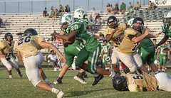 098 (DwightJodon) Tags: photobydwightjodon eunicehighschool kaplanhighschool catholichighnewiberia catholichigh eunice kaplan newiberia football scrimmage bobcatfield ehs bobcats pirates eunicela