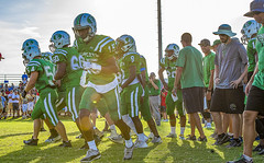 086 (DwightJodon) Tags: photobydwightjodon eunicehighschool kaplanhighschool catholichighnewiberia catholichigh eunice kaplan newiberia football scrimmage bobcatfield ehs bobcats pirates eunicela