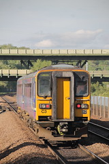153351 + 153331 (1) (ANDY'S UK TRANSPORT PAGE) Tags: trains meadowhall class153 arrivarailnorthern arn northern