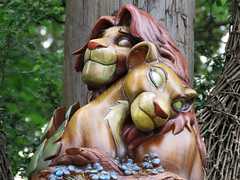 Simba and Nala (meeko_) Tags: simba nala lion lioness thelionking sculpture scavenger hunt thelionkingscavengerhunt africa disneys animal kingdom disneysanimalkingdom themepark walt disney world waltdisneyworld florida