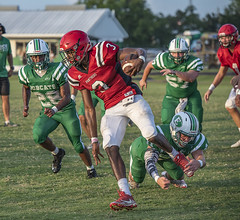 100 (DwightJodon) Tags: photobydwightjodon eunicehighschool kaplanhighschool catholichighnewiberia catholichigh eunice kaplan newiberia football scrimmage bobcatfield ehs bobcats pirates eunicela