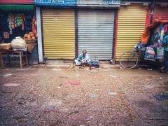 IMG_20190604_134409-01 (দূর্লভ) Tags: street shoeworker