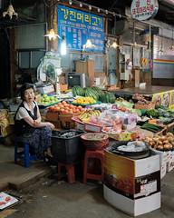 Produce vendor (ep_jhu) Tags: 광주 mujer 한국 food produce grocery gwangju woman fuji nightmarket daein lady korea fujifilm x100f donggu southkorea