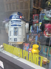 2019 Forbidden Planet Comic book store NYC 9201 (Brechtbug) Tags: 2019 forbidden planet comic book store nyc 13th street broadway new york city current location comicbook comics manhattan pulp pop culture funnies stores collectable toy toys south union square park chelsea facade front display window windows brit british uk english england organization business books news newspaper paper papers under ground 08242019 august