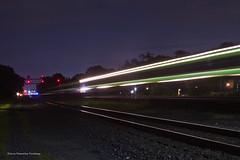 Metra UP West Line - River  Forest (tim_1522) Tags: railroad railfanning rail illinois il unionpacific up geneva sub subdivision signalbridge cnw chicagonorthwestern metra passenger commuter lighttrails