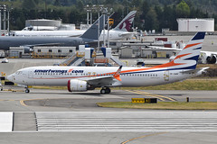 Smartwings 737 MAX 8 (OK-SWH) Paine Field Taxiway A  (3) (hsckcwong) Tags: smartwings 737max8 okswh 737max pae kpae everettpainefield