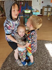 Team lift (quinn.anya) Tags: sam paul eliza toddler preschooler kindergartener lift carrying brothers
