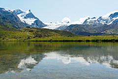 20190808-20-Stellisee Lake (Roger T Wong) Tags: 2019 alps blauherd rogertwong sel24105g sony24105 sonya7iii sonyalpha7iii sonyfe24105mmf4goss sonyilce7m3 stellisee switzerland valais zermatt clouds lake mountains reflection travel