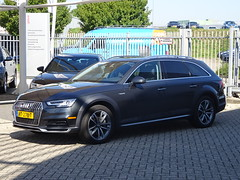2017 Audi A4 Allroad (harry_nl) Tags: netherlands nederland 2019 deventer audi a4 allroad rt278t sidecode9 usspecification