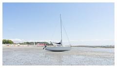 Bateau... (LukeDaDuke) Tags: bateau boat boot sarzeau breizh bretagne france beach lowtide frankrijk frankreich francia lafrance strand