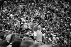Chorzów 2018 (Tu i tam fotografia) Tags: people ludzie man human człowiek streetphotography fotografiauliczna polska poland balloons balloon balonik balon balony tłum crowd stadium stadion widownia audience trybuny outdoor candid blackandwhite noiretblanc enblancoynegro inbiancoenero bw monochrome czerń biel czerńibiel noir czarnobiałe blancoynegro biancoenero