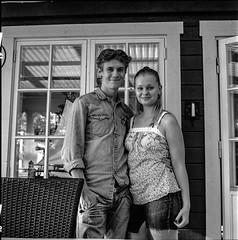Analog photo:: a young couple (linbjo@tele2.se) Tags: blackwhite blackwhitephotos blackandwhite