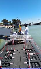 Cubierta exterior del Submarino Tramontana S74. Día de las Fuerzas Armadas #DIFAS2019 (agenciapressage) Tags: díadelasfuerzasarmadas difas difas2019 fuerzasarmadasespañolas sevilla andalucía españa ejércitoespañol ejércitodeespaña tropasespañolas militaresespañolas militaresespañoles hombressoldado mujeressoldado militares soldados oficiales suboficiales fuerzasarmadas ríoguadalquivir muelledelasdelicias buques embarcaciones armadaespañola exposiciónnavalmilitar mujeresmarineras hombresmarineros mujeresmarinas hombresmarinos marineras marinera marineros marinero marinas marina marinos marino submarinotramontanas74 submarinotramontana submarino submarinoclaseagosta claseagosta cubiertaexterior cubierta cubiertaexteriordelsubmarinotramontana cubiertaexteriordelsubmarino escotilladelsubmarinotramontana escotilladelsubmarino escotilla tripulacióndelsubmarinotramontana tripulacióndelsubmarino tripulación tramontanas74 sevillaseville españaspain