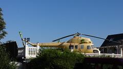 ab 1966 Berlin zweimotoriger sowjetischer Hubschrauber Mi-2 von Michail Mil Buckower Damm/Steinträgerweg 5 in 12349 Buckow (Bergfels) Tags: berlin ab 1966 1960er technischesdenkmal bergfels zweimotorig 20jh ps mil kw hubschrauber maschine masse geschwindigkeit mi2 buckow beschriftet 12349 leistung reichweite drehflügler buckowerdamm 19661998 gtd350 klimow produktionszeitraum gipfelhöhe grosemaschine wellenturbine kraftstoffvorrat startmasse steigleistung produziertestückzahl nutzmasse leermasse mmil steinträgerweg michailmil madeinussr youngtimer helicopter
