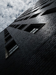 windows (m_laRs_k) Tags: gas camera store chromecameraprofile classicchrome sky brickstones windows architexture architecture architektur frankfurtammain ffm mlarsk