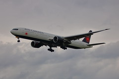 C-FIUR (1) (ANDY'S UK TRANSPORT PAGE) Tags: planes heathrow lhr aircanada 35242 649 b77w