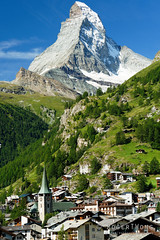 20190809-002-The Matterhorn from Zermatt (Roger T Wong) Tags: 2019 alps matterhorn rogertwong sel24105g sony24105 sonya7iii sonyalpha7iii sonyfe24105mmf4goss sonyilce7m3 zermatt buildings mountains town travel