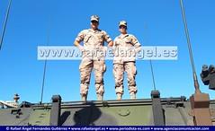 Dos tenientes, sobre un vehículo blindadto de La Armada. Exposición del Día de las Fuerzas Armadas #DIFAS2019 (agenciapressage) Tags: díadelasfuerzasarmadas difas difas2019 fuerzasarmadasespañolas sevilla andalucía españa ejércitoespañol ejércitodeespaña tropasespañolas militaresespañolas militaresespañoles hombressoldado mujeressoldado militares soldados oficiales suboficiales fuerzasarmadas parquedemaríaluisa plazadeespaña parquedemaríaluisasevilla plazadeespañasevilla exposicióndeldíadelasfuerzasarmadas exposición teniente tenientes vehículoblindado carrodecombate armadaespañola sevillaseville españaspain